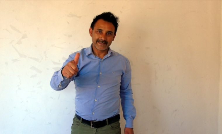 Luis Valdés Vargas, Asistente Social AEYo8p