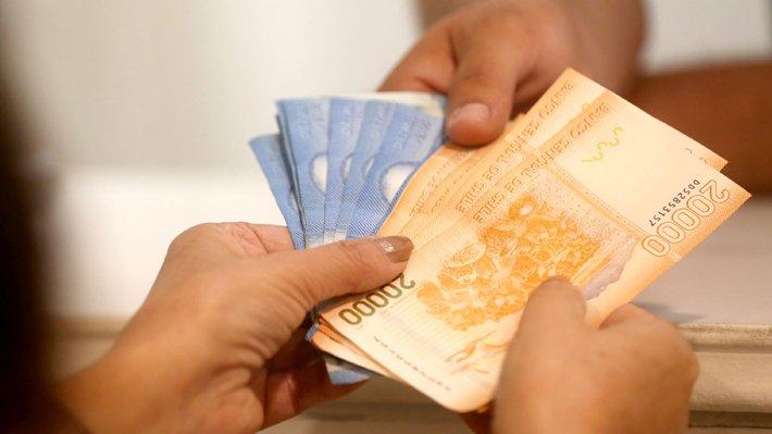 dinero plata chile 94641